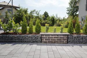 Gartenbau Ehingen, Mauer und Gabionen